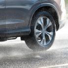 Na hĺbke dezénu záleží! Prečo pneumatiky s dezénom pod 3 mm už radšej vymeniť?