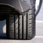 Tlak v pneumatikách ovplyvňuje spotrebu aj bezpečnosť